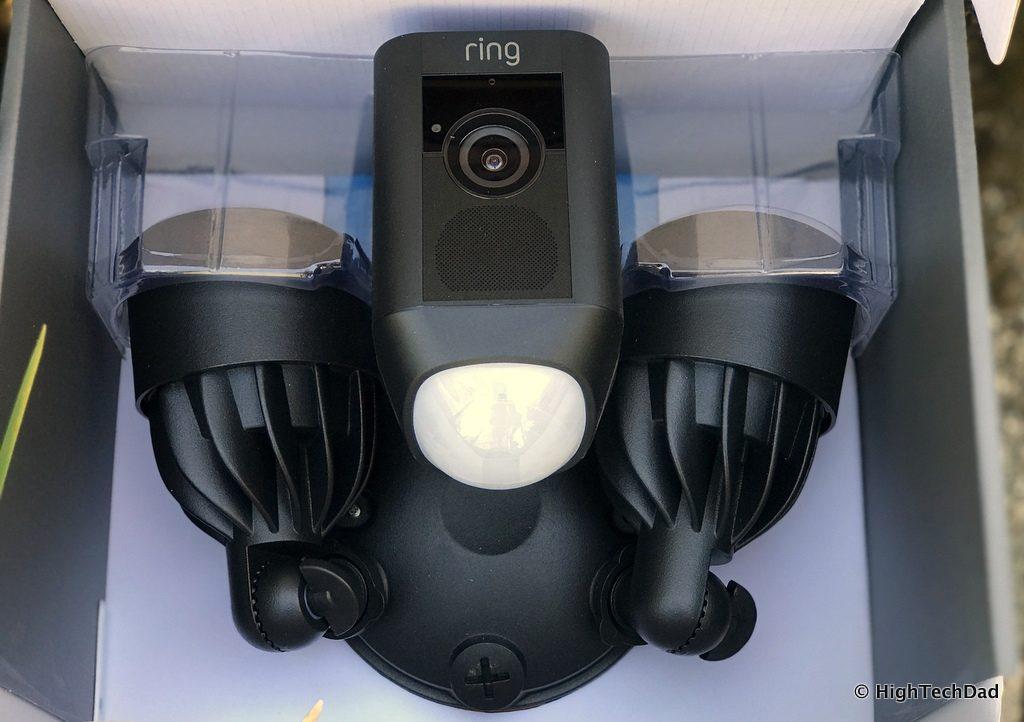 Ring Floodlight Cam - full in the box