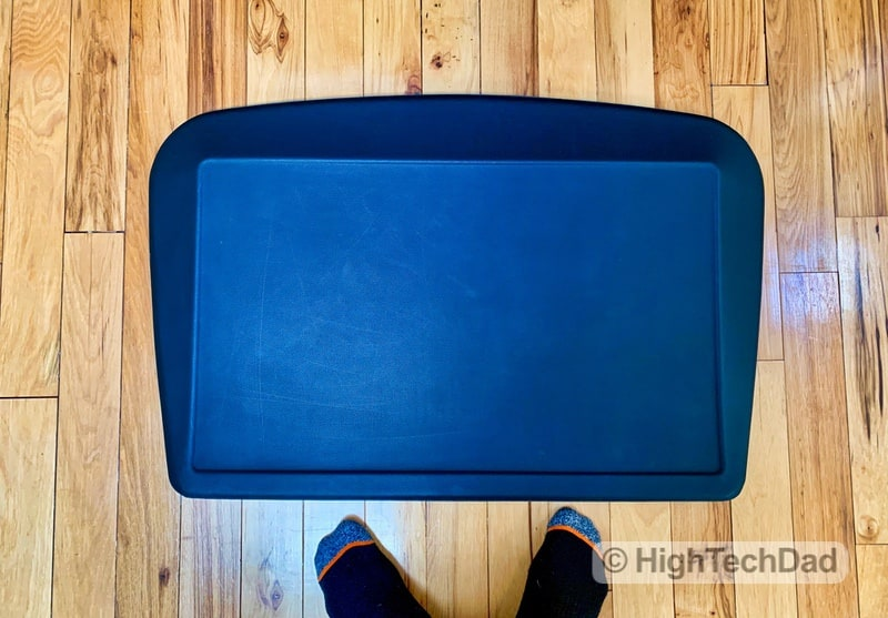 My Wife Stole This Standing Desk Mat From Me After Just 1 Hour – AnthroDesk ErgoSlant Mat Review