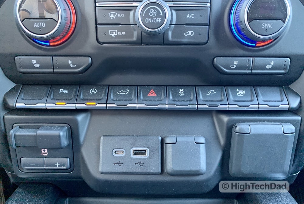 HighTechDad Review 2019 Chevy Silverado - plug and plug switch