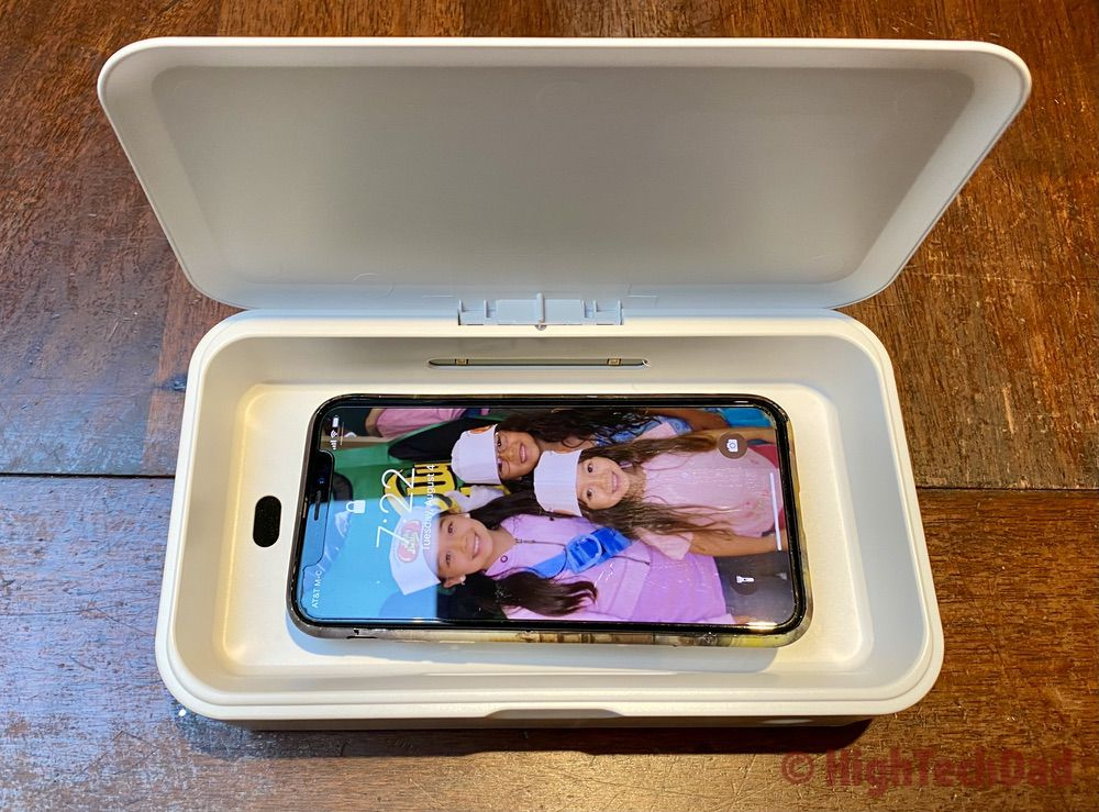 HighTechDad review - KeySmart CleanTray UV-C sanitizing tray - with a smartphone inside